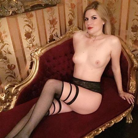 Katja Frankreich hingebungsvolles, liebevolles Girl 22J. zärtliche Küsse!